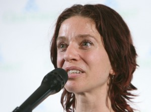 ani-difranco-next-generation-of-environmental-leaders-hosts-benefit-concert-03
