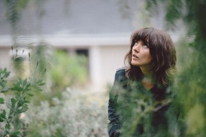courtney-barnett-elizabeth-weinberg-02